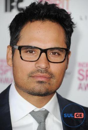 Michael Peña / მაიკლ პენია